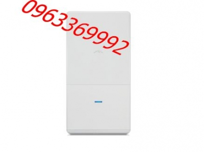 UniFi UAP-AC-Outdoor 802.11ac Access Point (1.75 Gbps)
