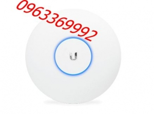 UniFi UAP-AC-HD 802.11ac Wave2 Access Point (2.5 Gbps)